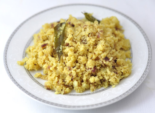 CAULIFLOWER RICE - A LOW-CARB DINNER RECIPE IN 15 MINUTES
