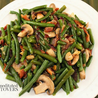 Green Beans with Bacon and Mushrooms
