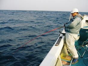 Photo: こちらは、長崎のOG先生です。 病院の先生です。真鯛釣りのお手本よろしくお願いします