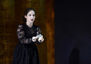 Photo: Wiener Kammeroper: SEMIRAMIDE von Leonardo Vinci/ G.F. Händel. Inszenierung: Francesco Micheli. Premiere: 23.9.2013. Ganya Bengur Akselrod. Foto: Barbara Zeininger