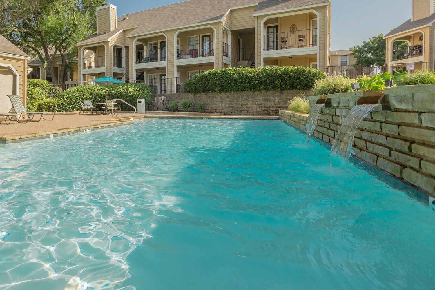 The arbors on oakmont apartments in fort worth texas for The oakmont