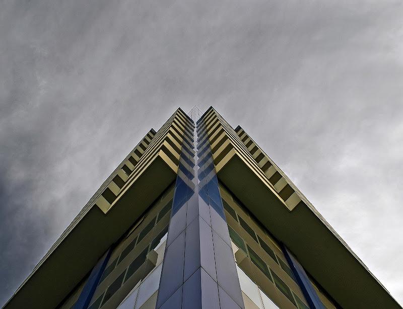 Spigoli e nuvole di mariarosa-bc