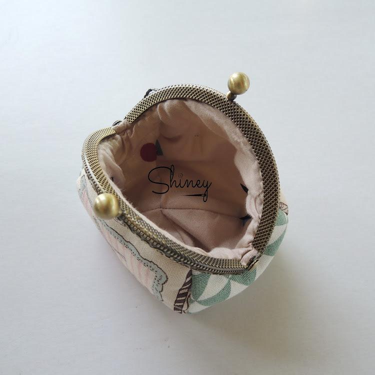 Handmade Frame Coin Purse