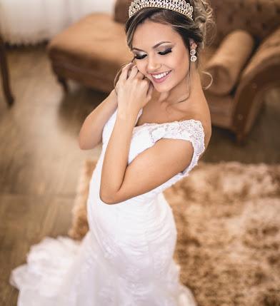 Fotógrafo de casamento Christian Oliveira (christianolivei). Foto de 21.09.2017