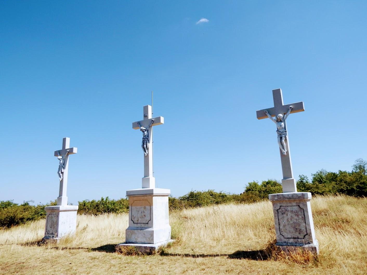 Pázmánd - kálvária a Zsidó-hegyen