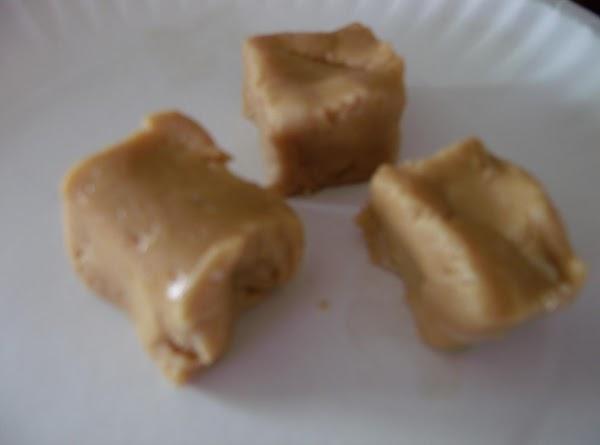4 Ingredient Peanut Butter Fudge Recipe