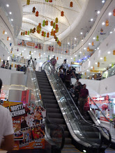 Photo: Diwali, Christmas and New Year altogether come to an Indian shopping mall.  4th January updated - http://jp.asksiddhi.in/daily_detail.php?id=413