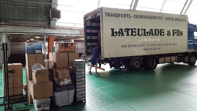 Photo: Pour ne rien tout transporter, quoi de mieux qu'un camion de déménagement ?