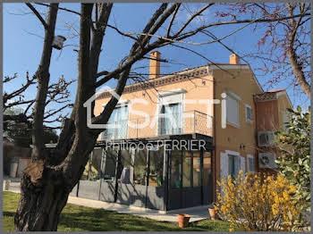 Villa 8 pièces 230 m2