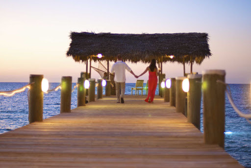 Go on a romantic walk on one of Nassau Island's boardwalks.