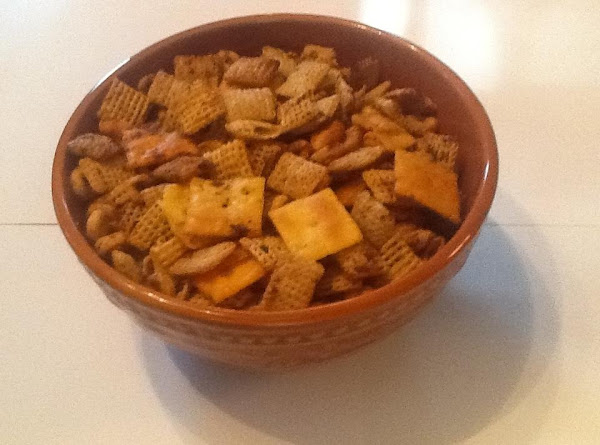 Slow Cooker Texas Trash Party Mix Recipe