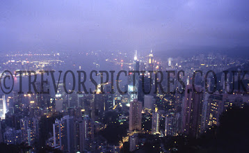 Photo: VIEW FROM THE PEAK 20 SECONDS EXPOSURE