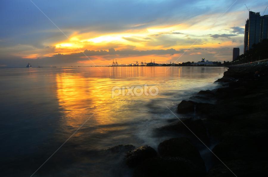 Manila Bay by Fresco Jr Linga - Landscapes Sunsets & Sunrises