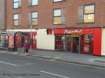 Pizza Hut Delivery On Castle Street Pizza Takeaway In Town