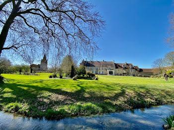 château à Saint-Pierre-sur-Dives (14)