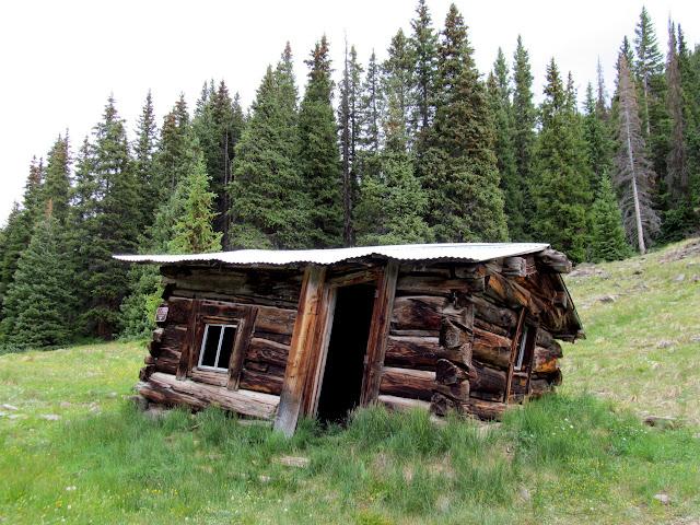 Leaning cabin near Redcloud Gulch