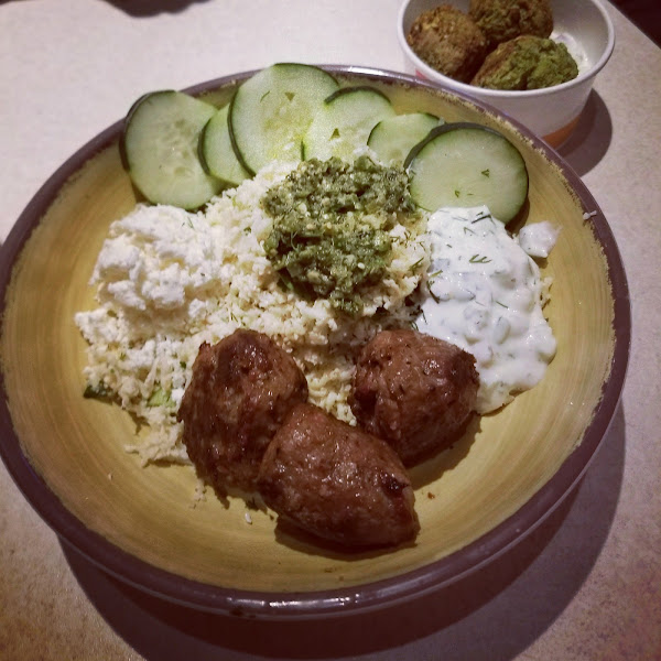 Cauli-rice bowl w/ lamb.
