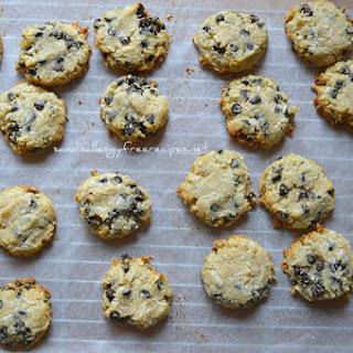 Coconut Chocolate Chip Cookies (Paleo/ Grainfree/ Vegan/ Gluten Free/ Dairy Free/ Nut Free)