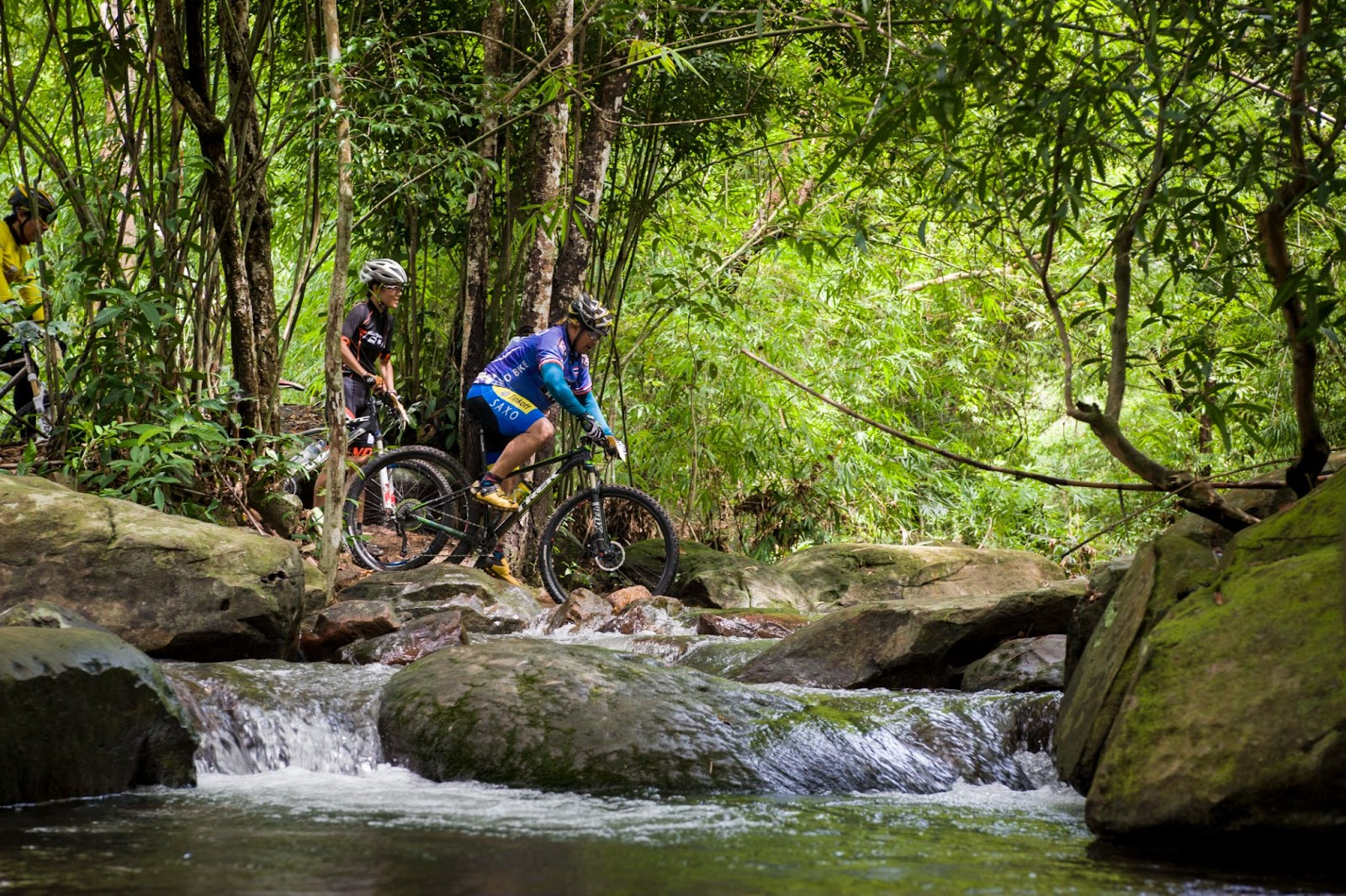 A mountain hike in Thailand can have health benefits