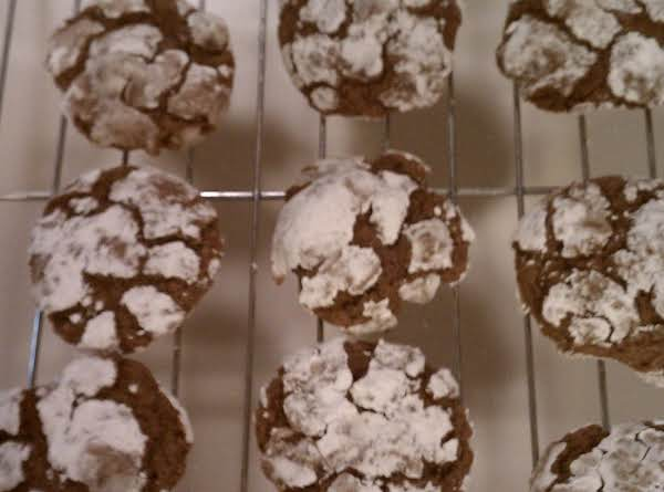 Chocolate Crinkle Cookies Recipe