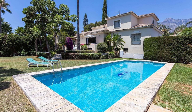 Villa with terrace Marbella