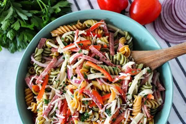 Deli-Style Pasta Salad_image