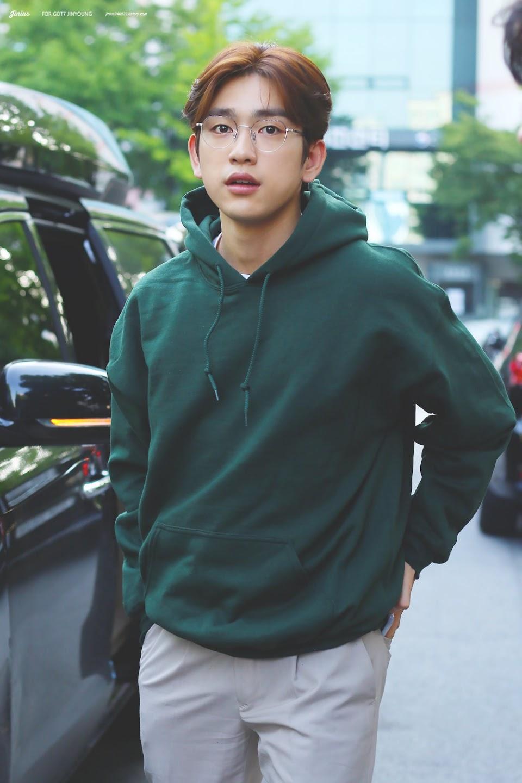 jinyoungboyfriend_13a