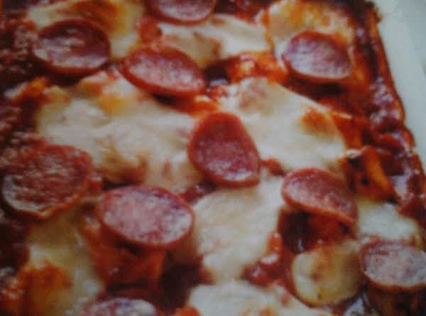 This Is A Very Yummy, Super And Easy And Very Quick.  Great For The Days When Your Kids Are Cravin Pizza But You Aren't