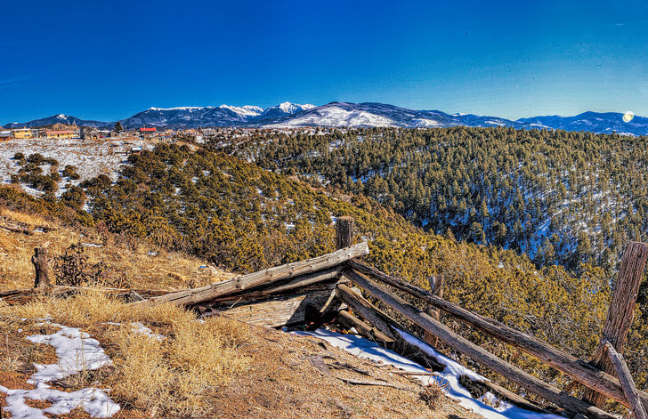 The High Road to Taos (21 Great American Road Trips to Put on Your Bucket List).