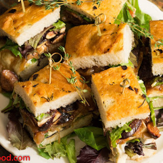 Fig, Brie, Caramelized Onion Sandwiches