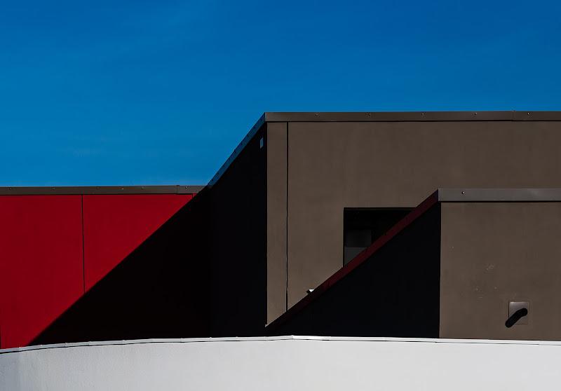vivide geometrie  di Rino Lio