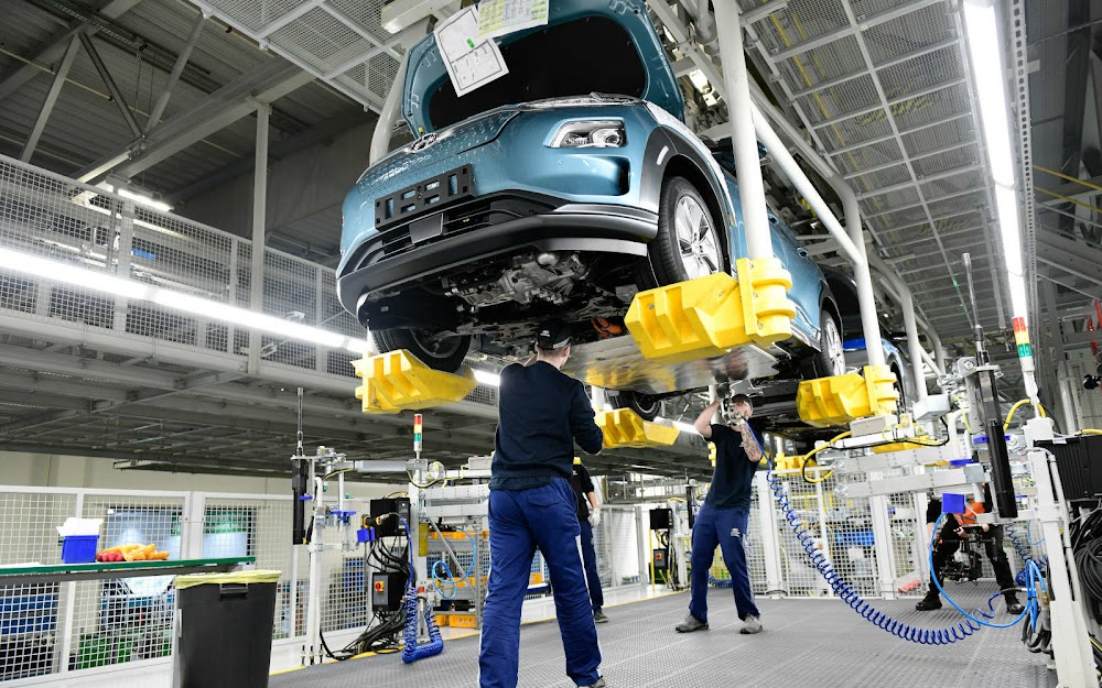 Hyundai bought chips when rivals didn't and its assembly lines are still rolling