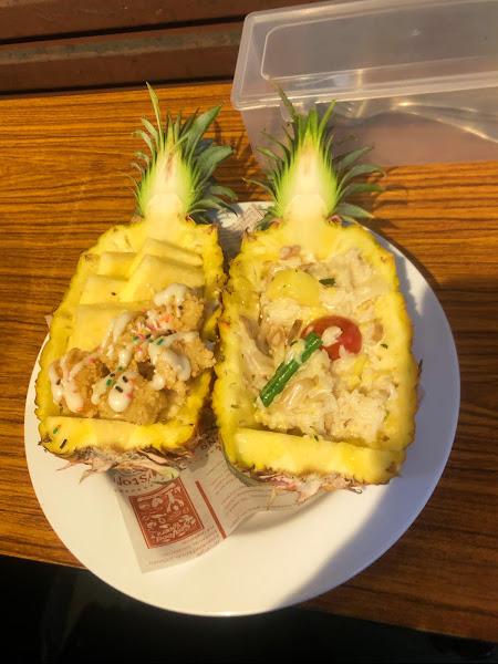 鳳梨蝦球燉飯🍍 滿滿蛤蜊義大利麵好吃😋