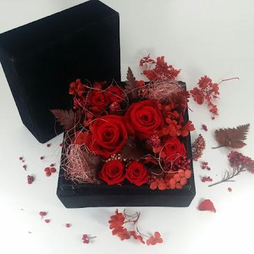 💘You're my Queen💝 PFB01 由於採購花材需時,如需訂購請提前3至5天
