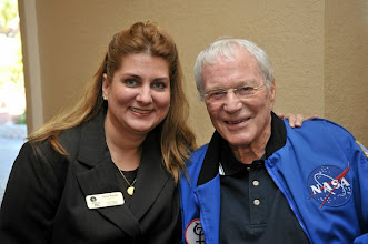 Photo: Event staff with Original Seven Astronaut Scott Carpenter of Mercury-Atlas 7