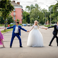 Wedding photographer Konstantin Kotenko (kartstudio). Photo of 06.09.2017