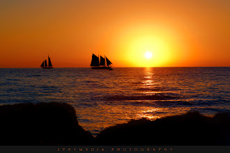 Photo: Sailing Silhouette