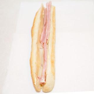 Sandwich Jambon et Fromage.