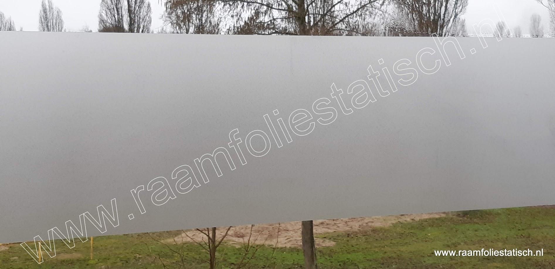 Standaard voordelige matte statische raamfolie 67,5cm breed