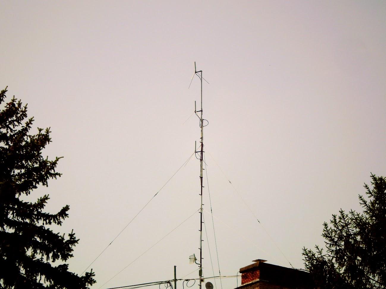 Tamási/Szabadság út 54. - helyi URH-FM adóállomás