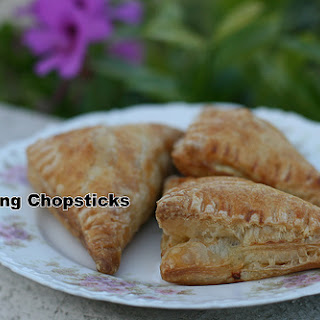 Banh Pa Te So (Vietnamese Pate Chaud (French Hot Pastry Pie)).