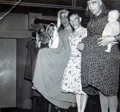 Photo: Bonte avond ± 1960 v.r.n.l. Lucas Westerhof met baby, Hendrik Jan Homan, Hendrik Hoving, Willem Nijhof Ezn., Jan Talens en ??