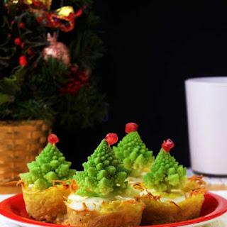 Christmas Tree Mini Quiches.