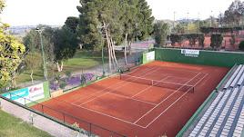 El Club de Tenis Almería abre sus puertas este lunes.