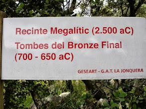 Photo: gisement funéraire mégalithique
