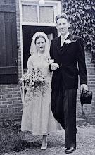 Photo: Bruidspaar Jebbi en Bouke van Terwisga-Brinksma Jebbigje Derkje Brinksma * 8-3-1928 - † 29-12-2014 en Bauke Hendrik van Terwisga * 29-10-1928 - †6-4-2010 De vader van Jebbi is 38 jaar boswachter geweest bij boswachterij Gieten.