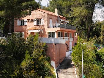 Villa 13 pièces 220 m2