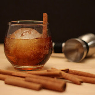 Rum 'n Root Beer Cocktail for the #CaptainsTable.