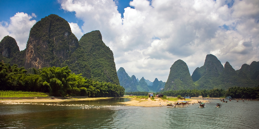 Guilin, China by Sanne Govaert - Landscapes Mountains & Hills
