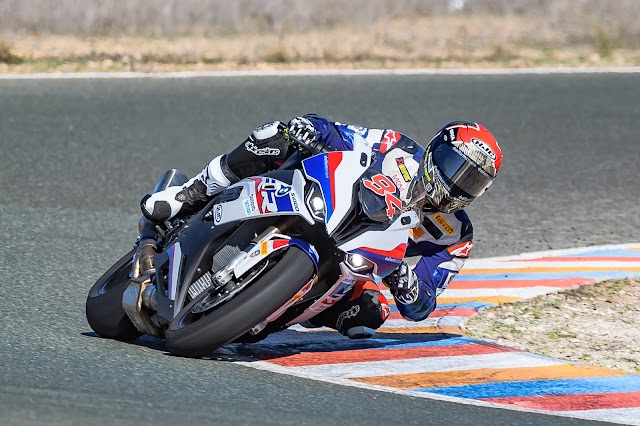 Jonas  Folger piloto de BMW en WorldSBK